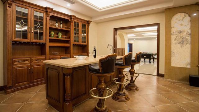 家庭装修小吧台 打造潮范儿吧台