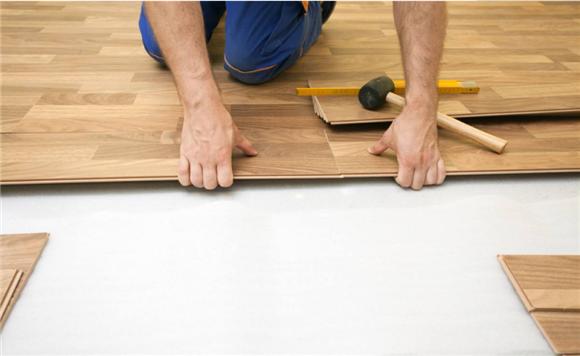 铺地板注意事项