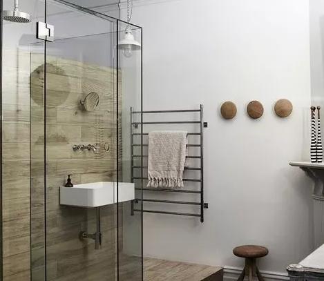 浴室的浴具不能省