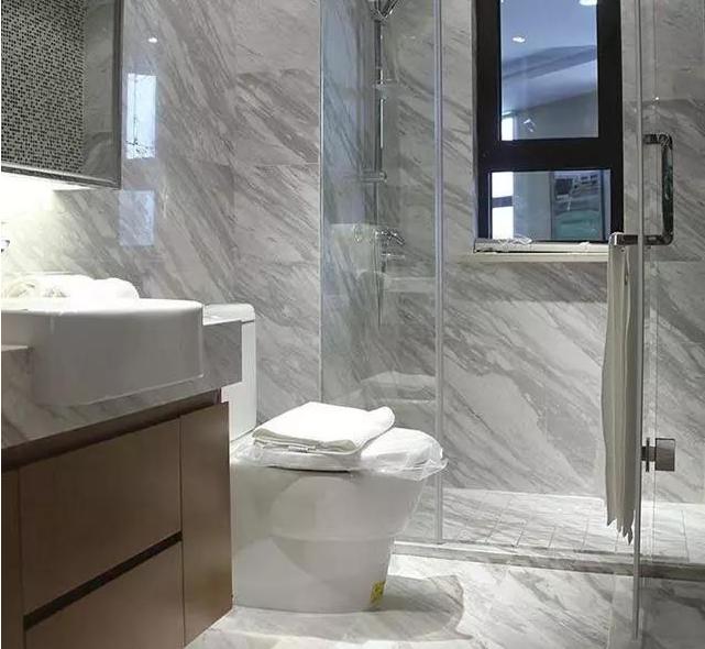 钢化玻璃淋浴门