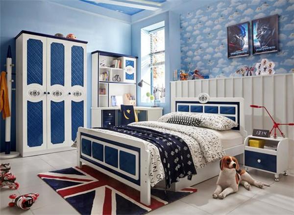 男生卧室该怎样装修设计