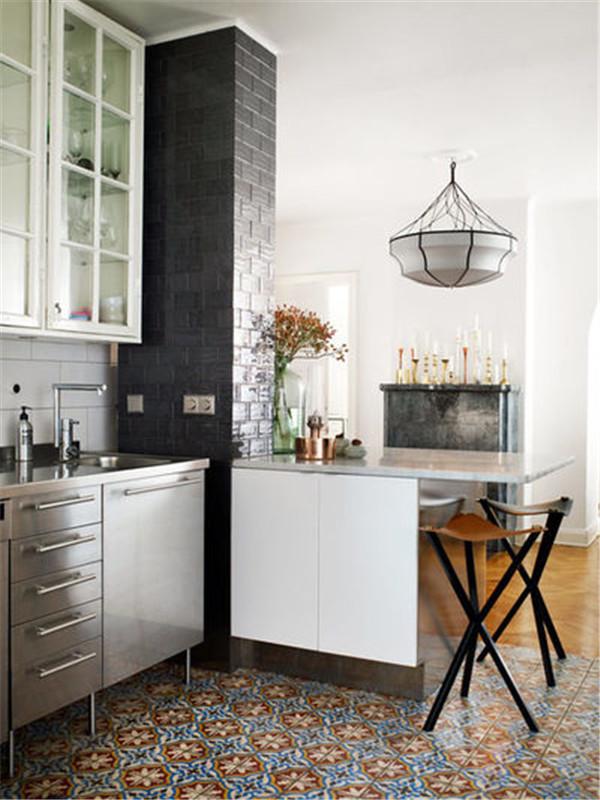 小厨房能有早餐
