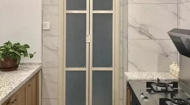折叠塑钢门