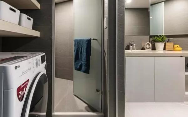 52平旧房浴室设计效果图