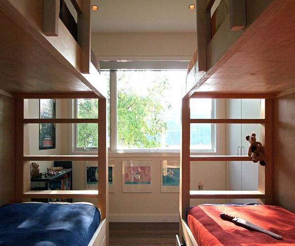 一个<a href='http://www.qizuang.com/baike/woshi/' target='_blank' class='inlink-word-color'>卧室</a>改成两间儿童房