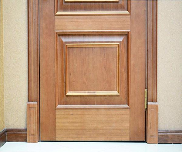 白色门套配什么踢脚线 踢脚线和门,门套颜色搭配技巧