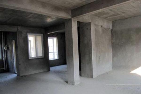 新房�收��