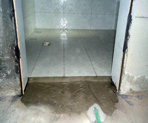 卫生间防水做多高