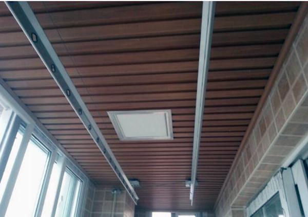 阳台生态木吊顶安装