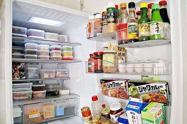 冰箱有臭味