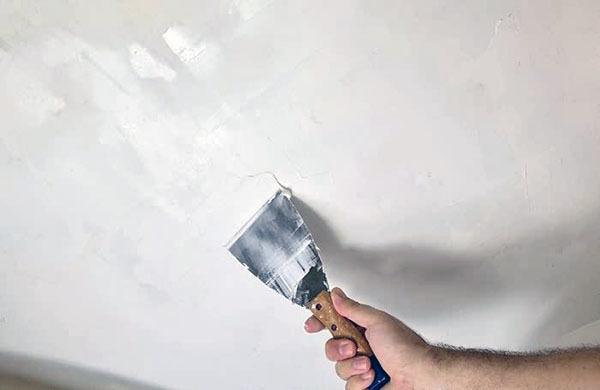 装修刮腻子用什么涂料好