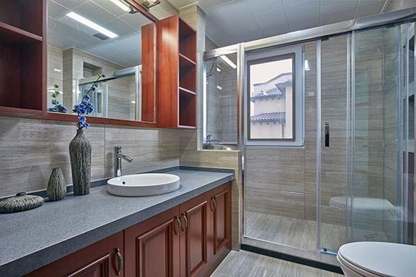 浴房玻璃隔断清理方法