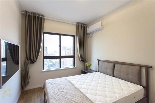 海口3房2厅1卫90平米次卧装修