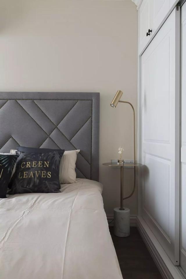 现代轻奢卧室装修案例