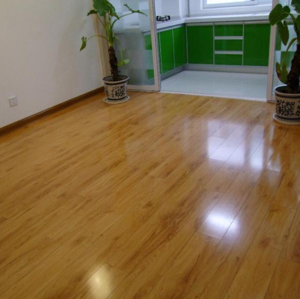 实木地板多久保养一次