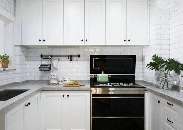 厨房墙壁用什么材料好