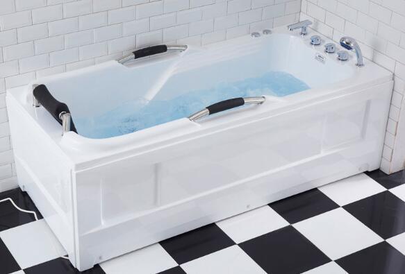 独立浴缸好还是嵌入式好