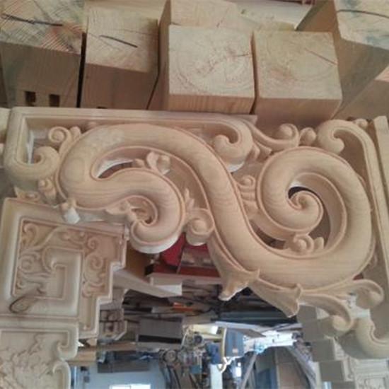 中式装修客厅吊顶角花