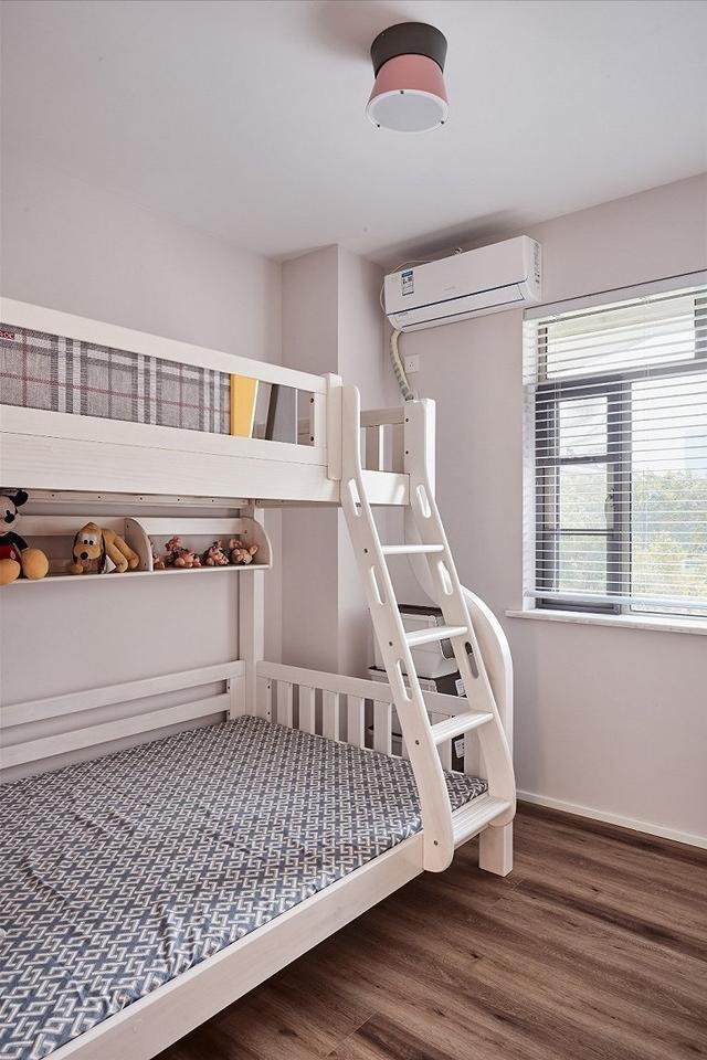现代风儿童房装修设计案例