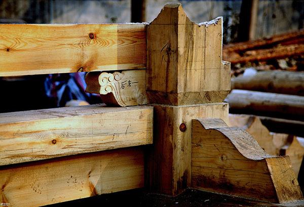 装修木工包工包料价格