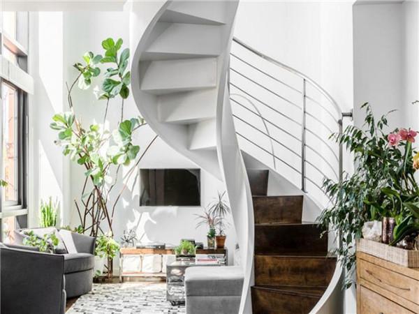 旋转楼梯一般多少钱