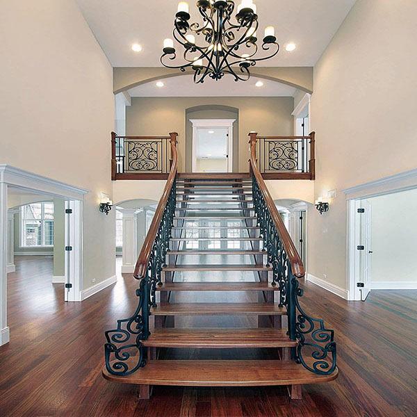 气球彩带楼梯扶手装饰方法