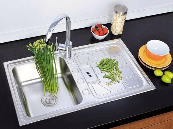 厨房洗菜盆打什么胶