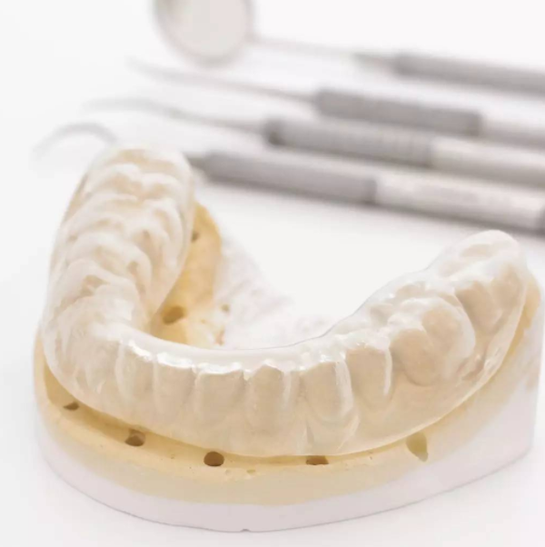 睡�X磨牙是什麽原因