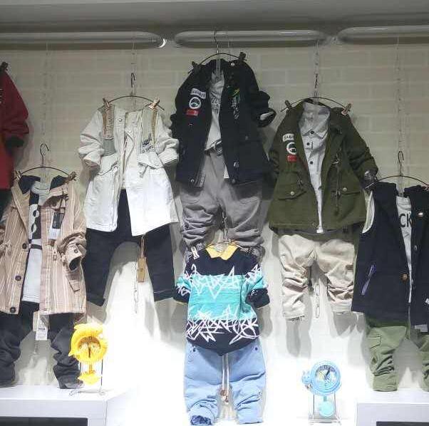 儿童服装店如何装修