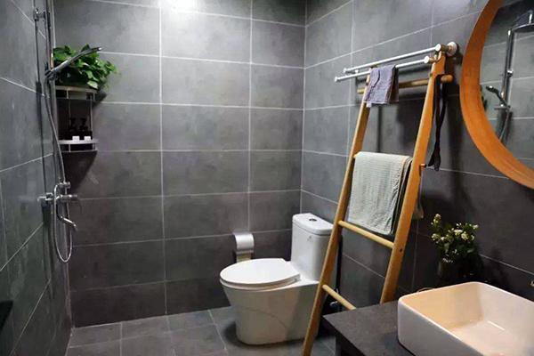 卫生间墙砖铺贴厚度