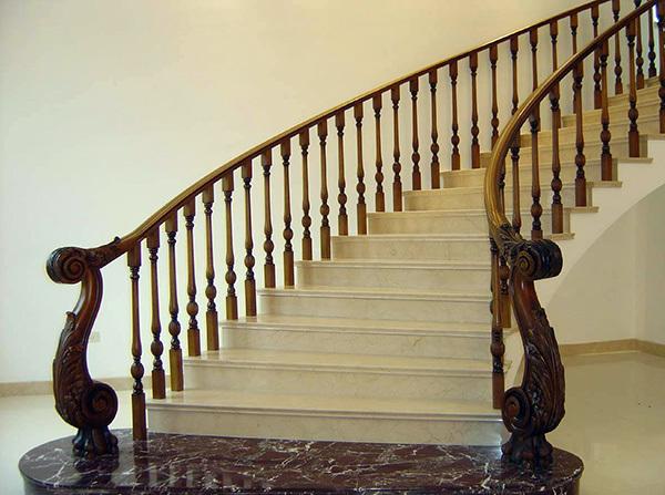木楼梯扶手安装注意什么