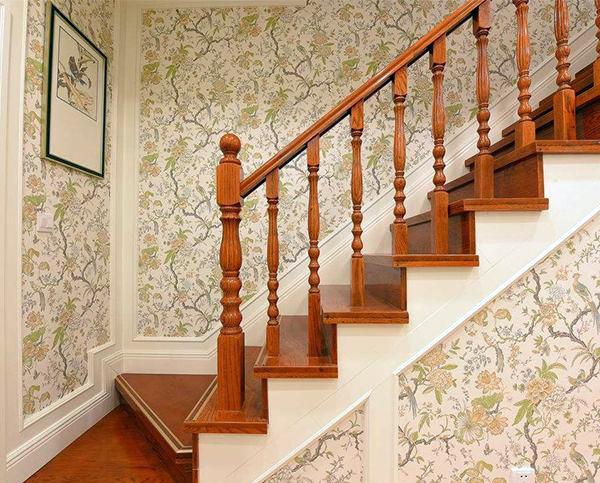 木楼梯扶手安装方法