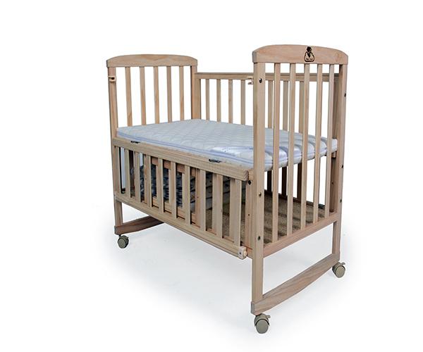 贝乐堡婴儿床好不好