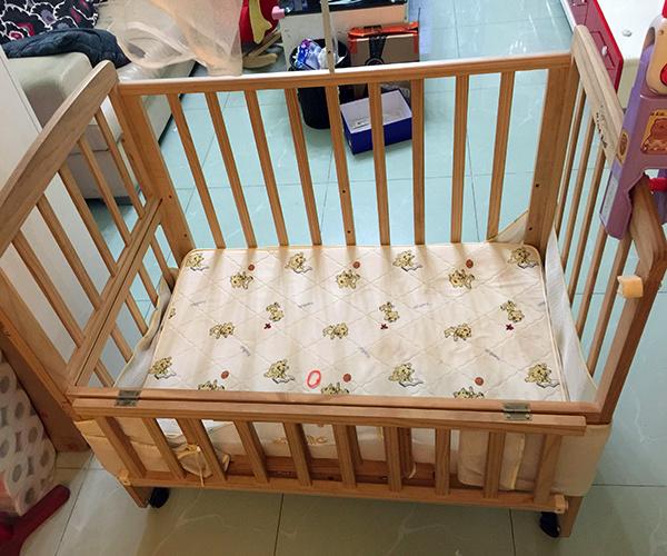 贝乐堡婴儿床是几线品牌