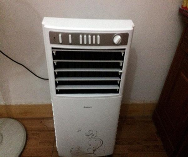 制冷电风扇好用吗