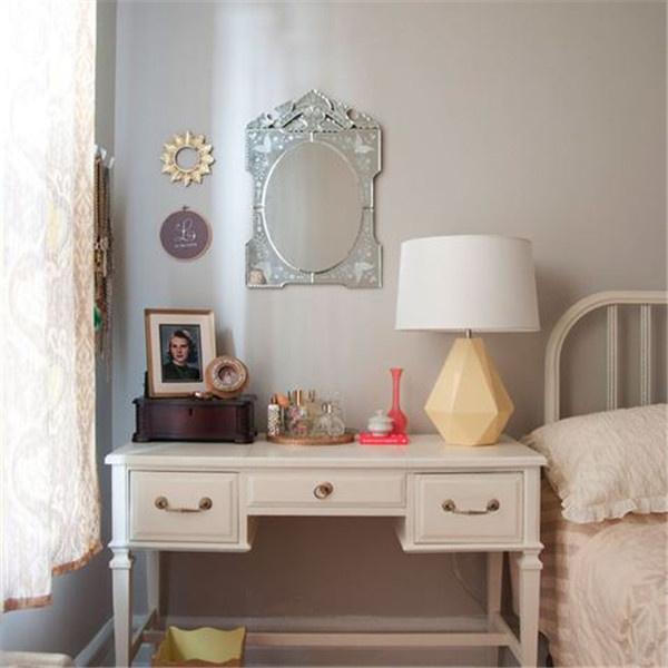 卧室有镜子有什么影响
