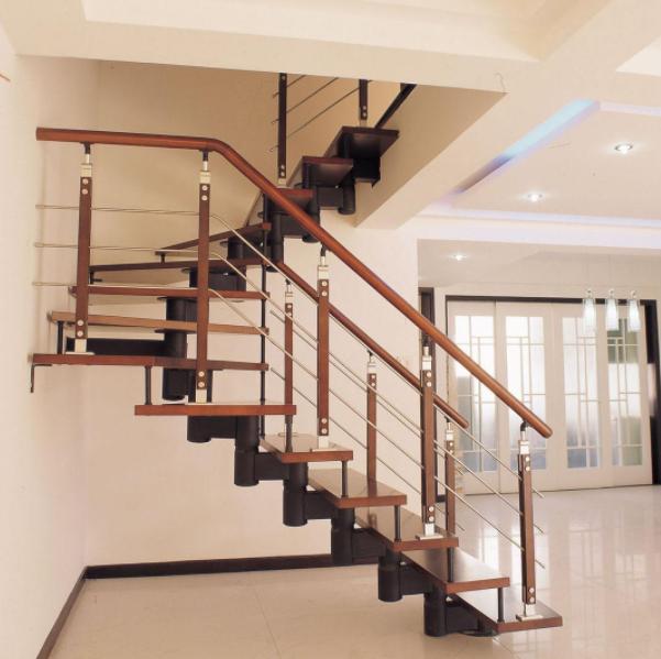 鋼結構樓梯包木板步驟
