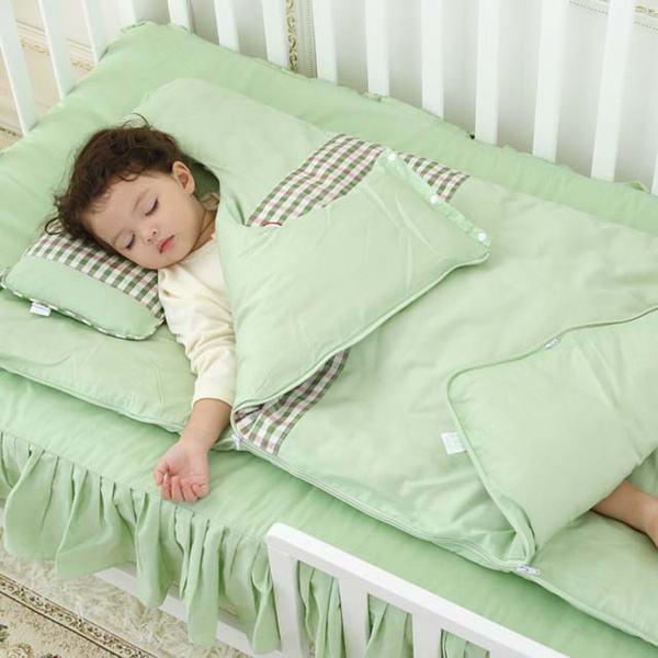 婴儿睡眠时间短容易醒