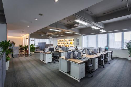 广州办公室高档装修一平方多少钱
