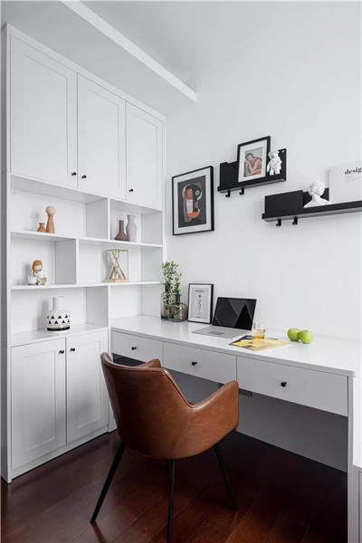 福州三室两厅创意装修书房效果图