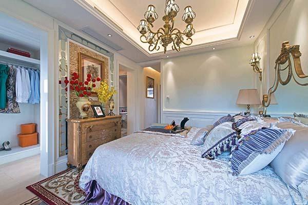 定制卧室衣柜多少钱