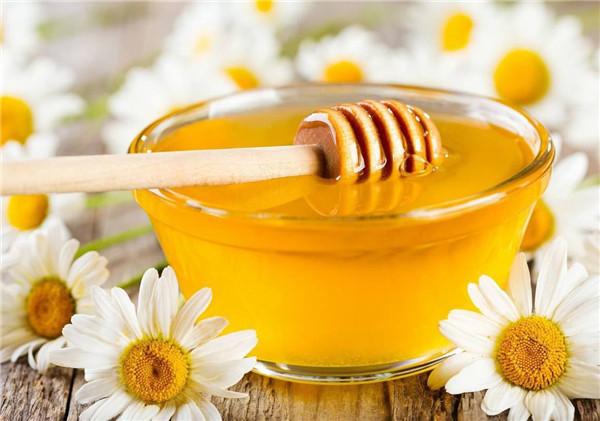 夏天什么时候喝蜂蜜水好