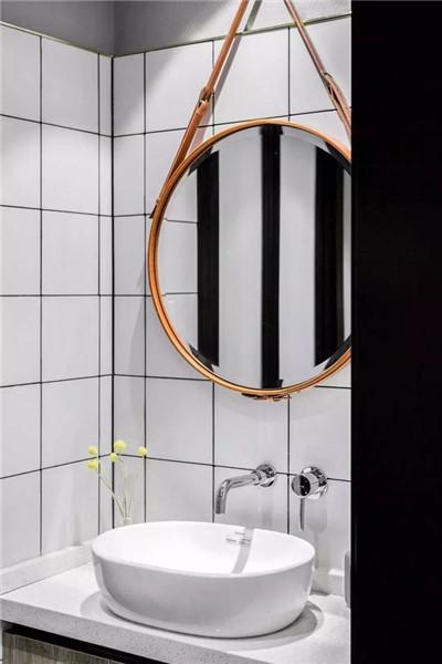 天津100平米三居室装修卫生间效果图