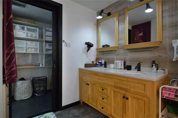109平方米3室2厅装修卫生间洗手区效果图