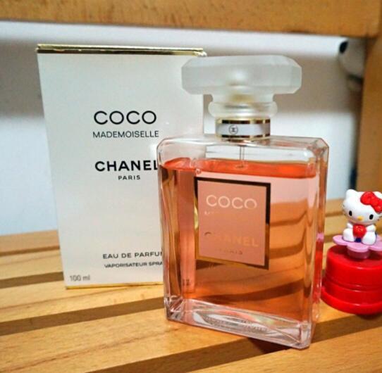 最好闻的女士香水排名