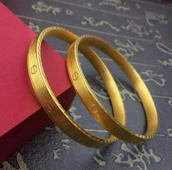 黄金手镯款式哪种好