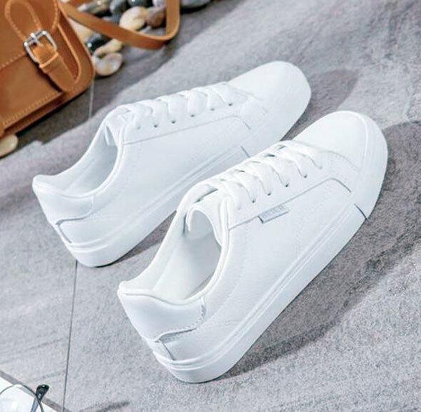 白鞋子发黄有什么办法变白