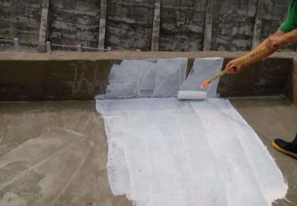 楼顶漏水维修价格