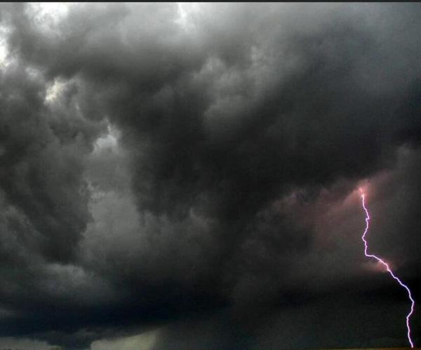 梦见打雷下雨什么意思
