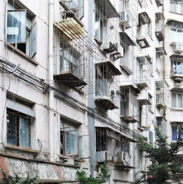 已40年房龄学区房能买吗